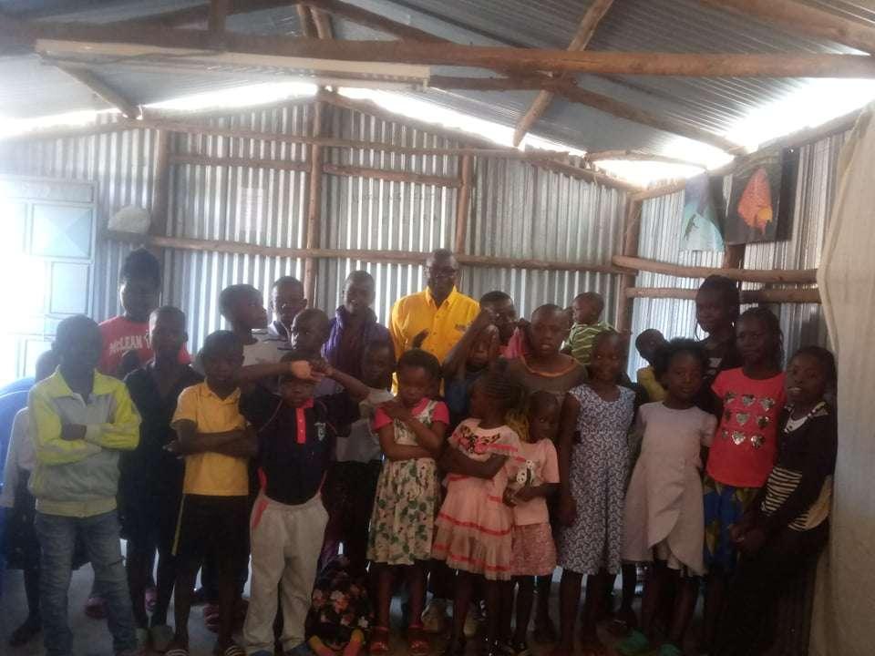 children worship Jesus in the Kibera Slum